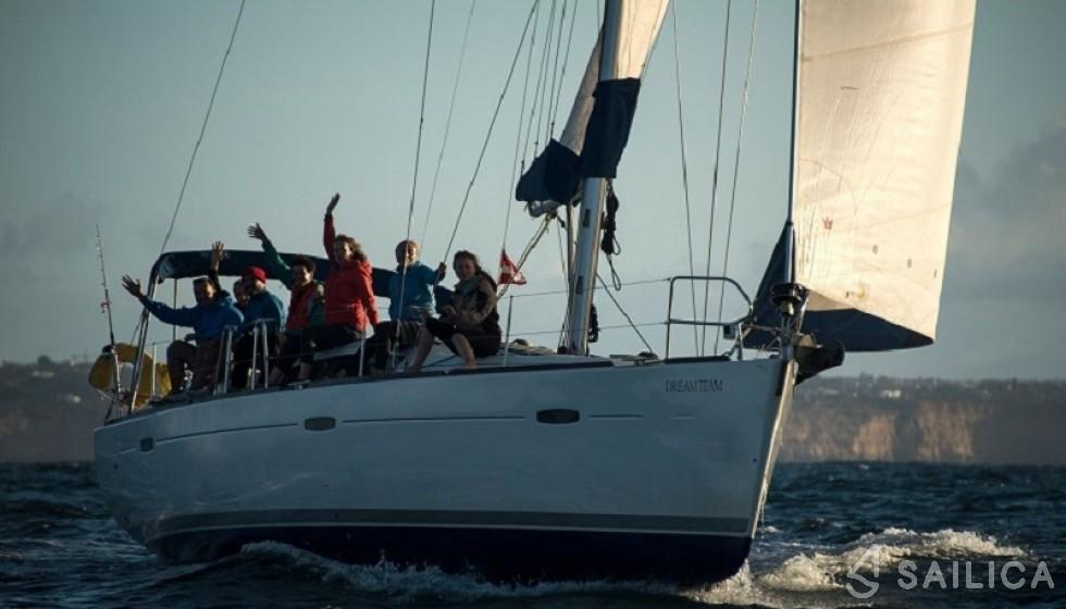 Beneteau 43 in Marina San Miguel - Sailica