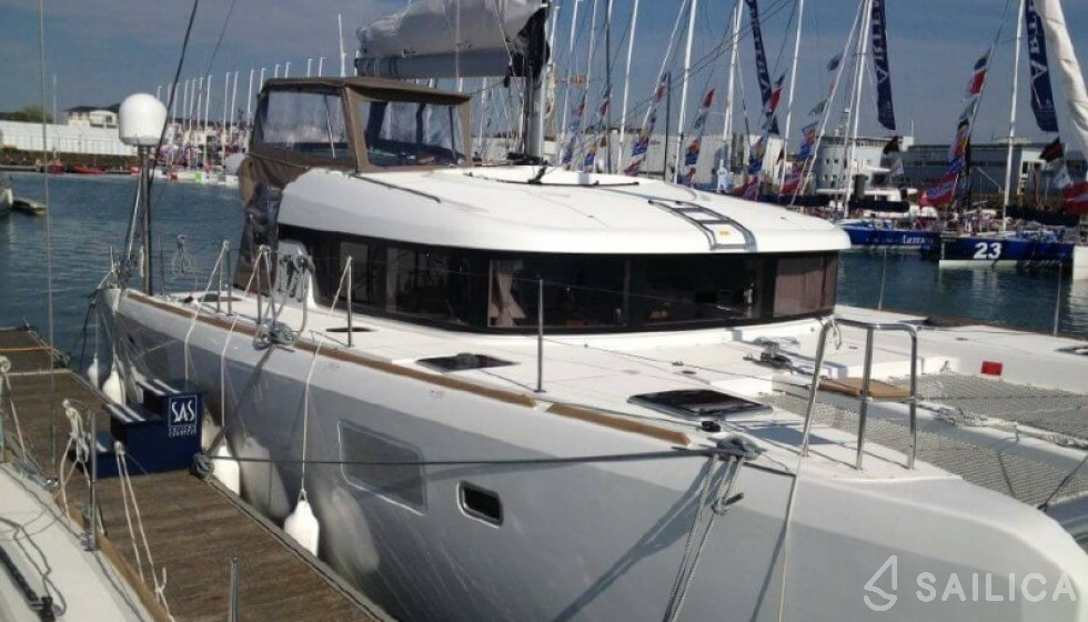 Lagoon 39 - Yacht Charter Sailica