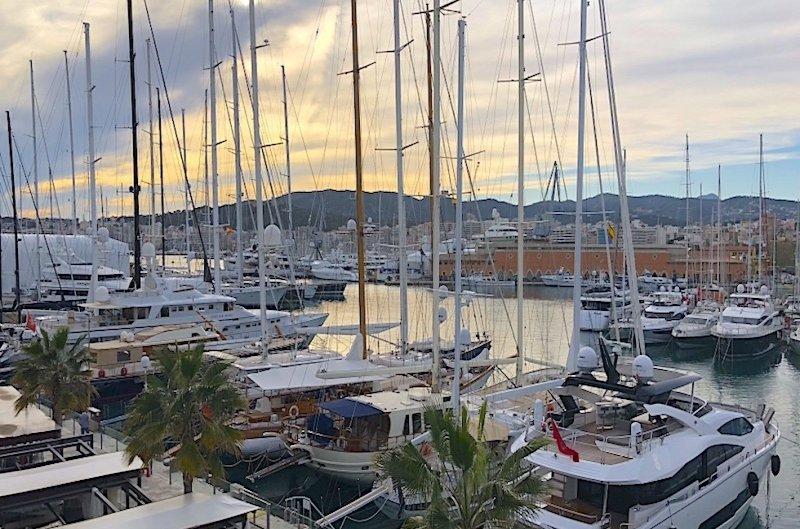 La Lonja Marina - Yacht Charter Sailica