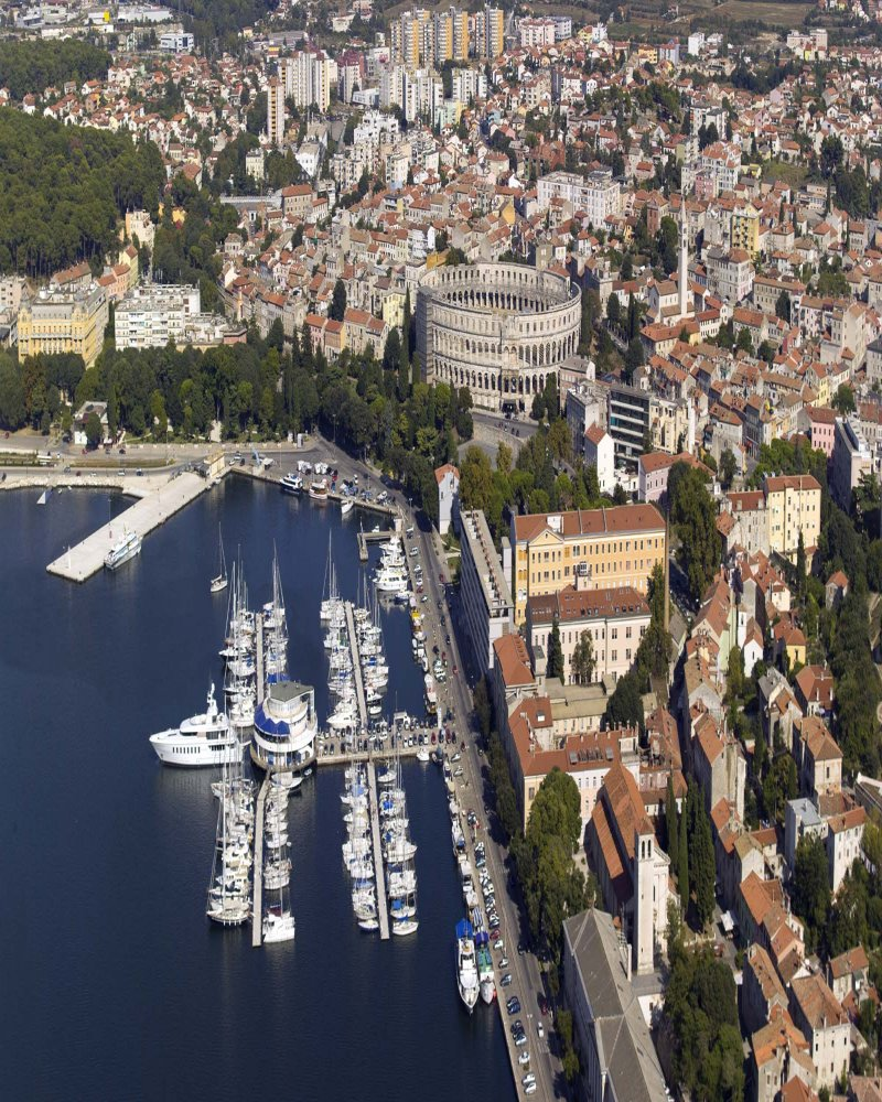 Veruda - Yacht Charter Sailica