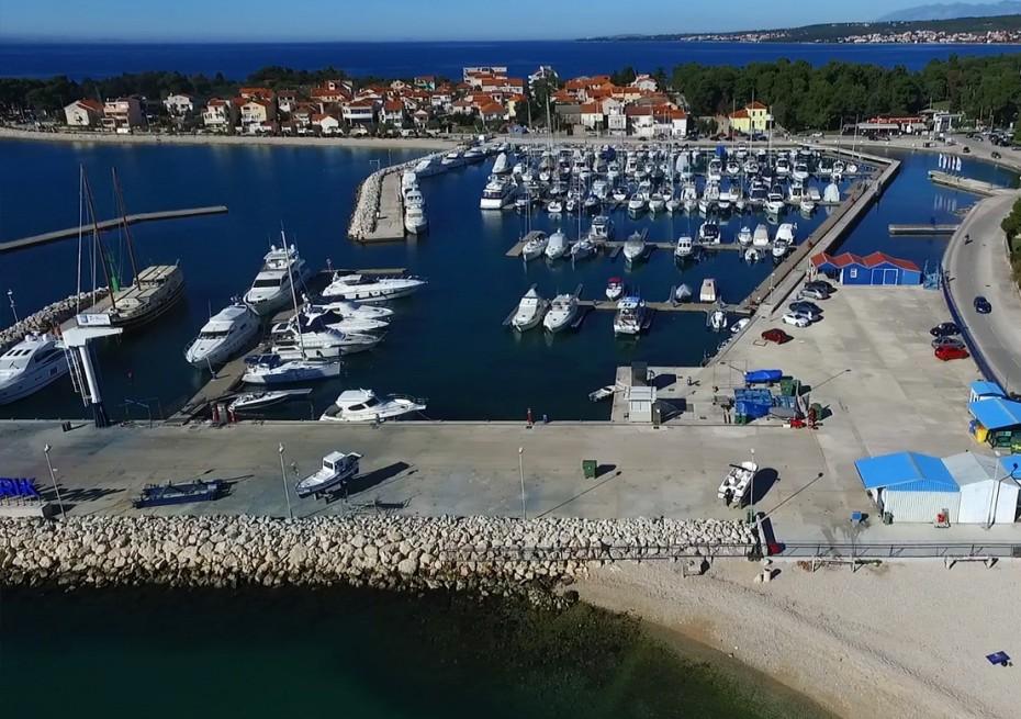 Marin Borik - Yacht Charter Sailica