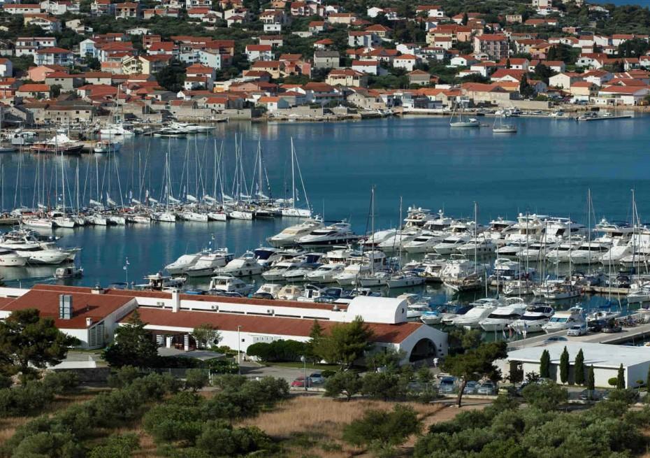 Marina Hramina - Yacht Charter Sailica