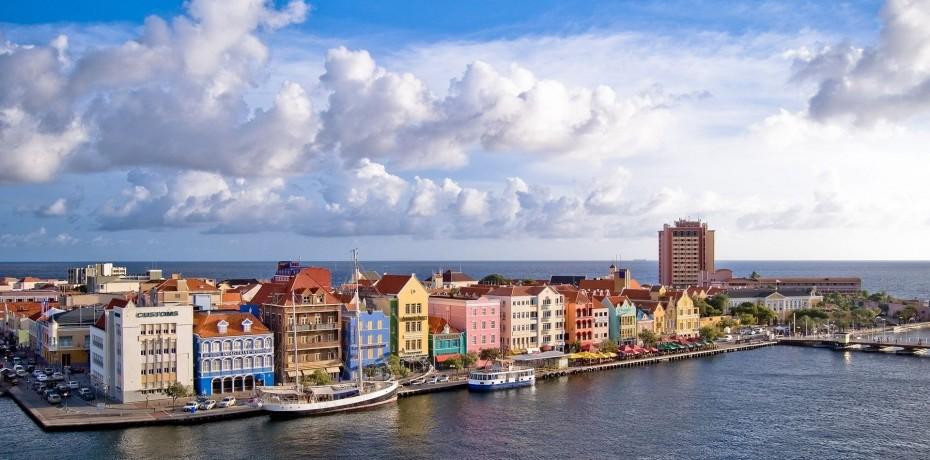 Netherlands Antilles - Yacht Charter Sailica