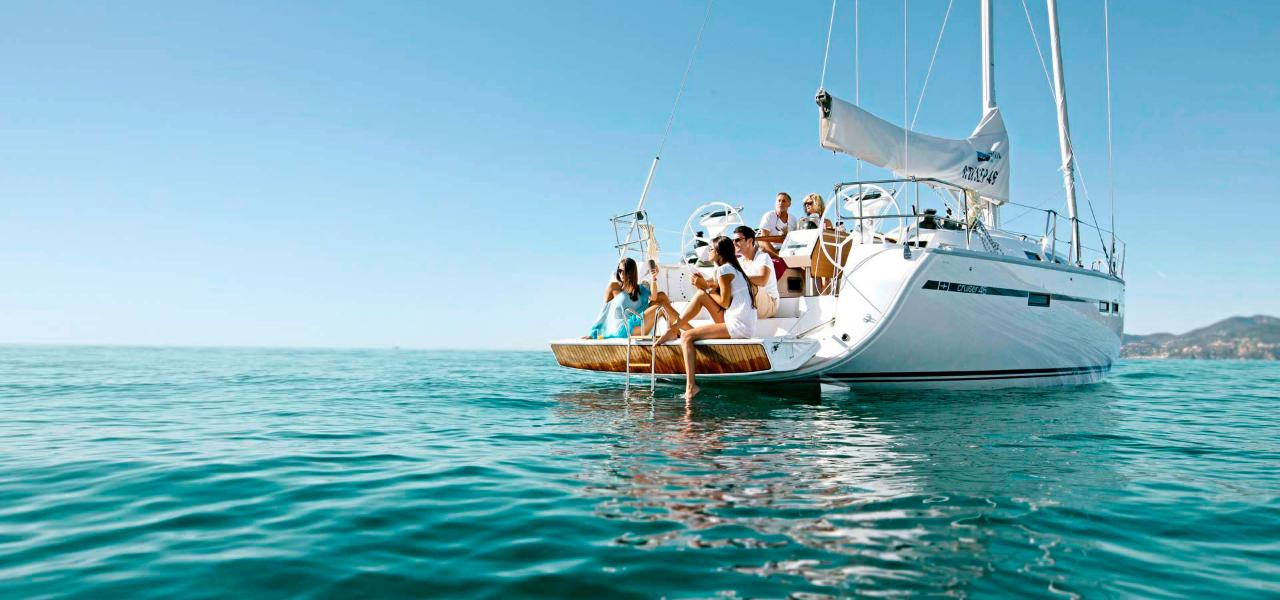 7 best places for yacht vacation