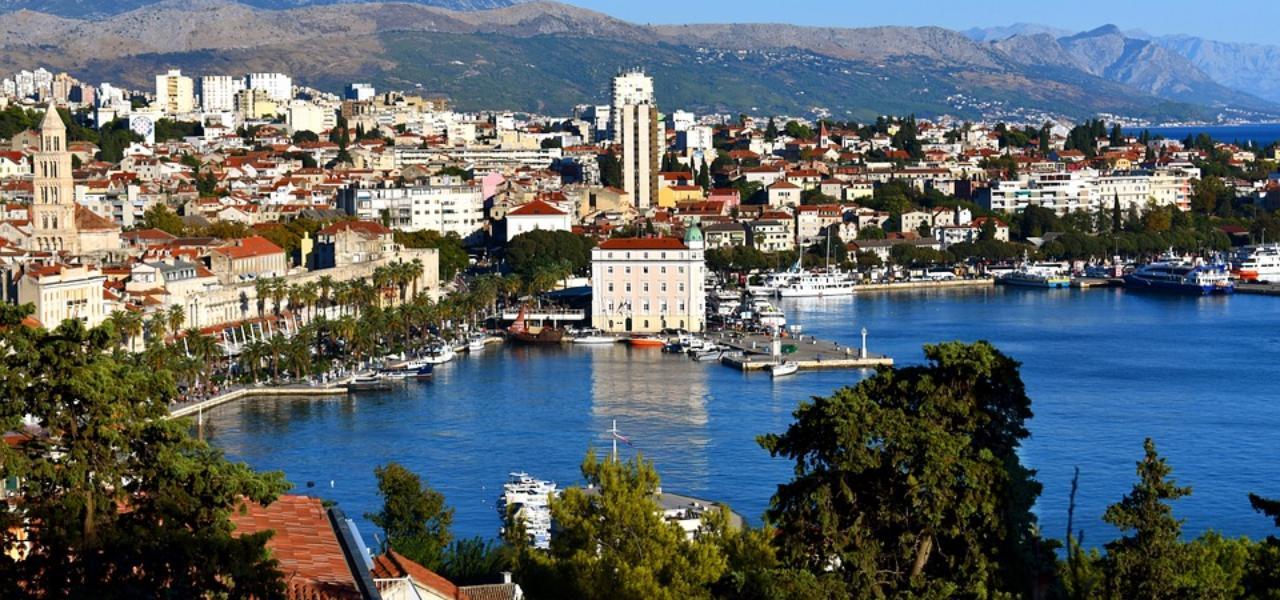 Путешествие на яхте: лучшие маршруты по Средиземному морю