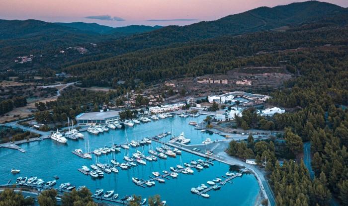 Пристань для яхт в отеле Porto Carras